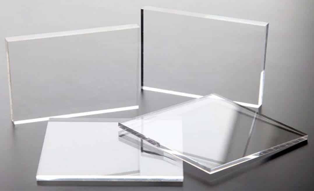 Tấm nhựa mica xuyên đèn là gì?