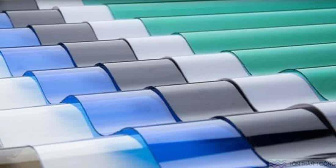 Công ty sản xuất tôn nhựa lấy sáng poly dạng sóng ở đâu?