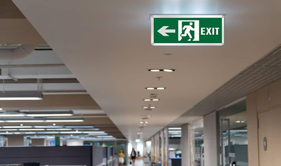 Ưu điểm khi sử dụng đèn exit lối thoát