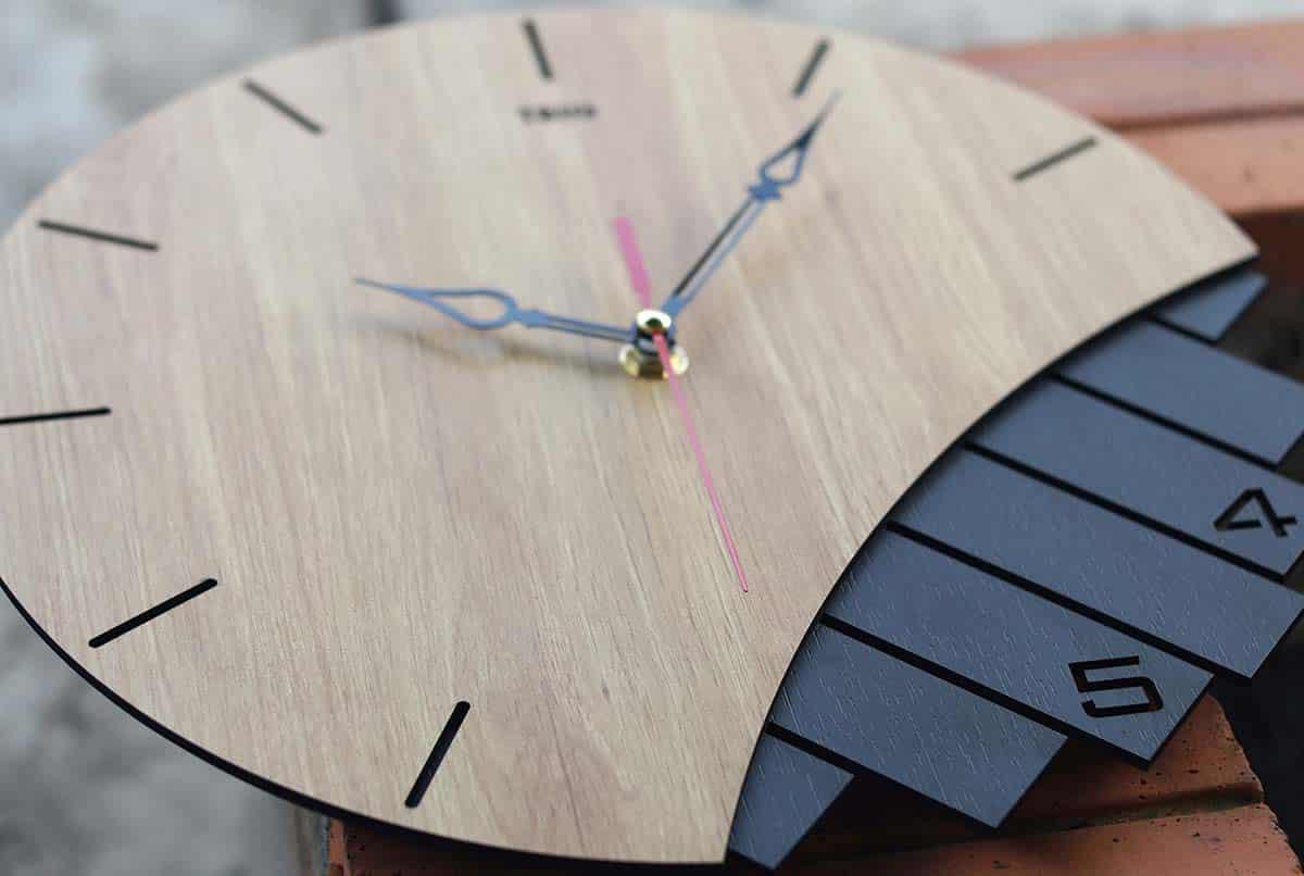 Quy trình sản xuất đồng hồ tối giản handmade