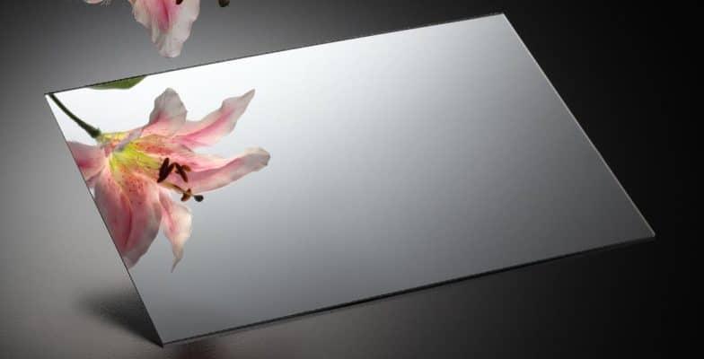 Tấm mica gương trắng tráng bạc