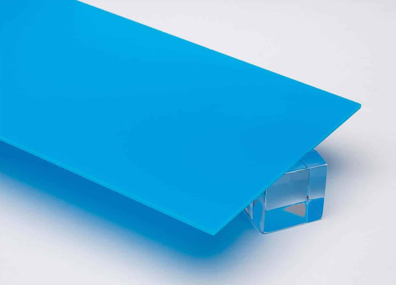 Tấm nhựa mica màu xanh dương nhạt FS835