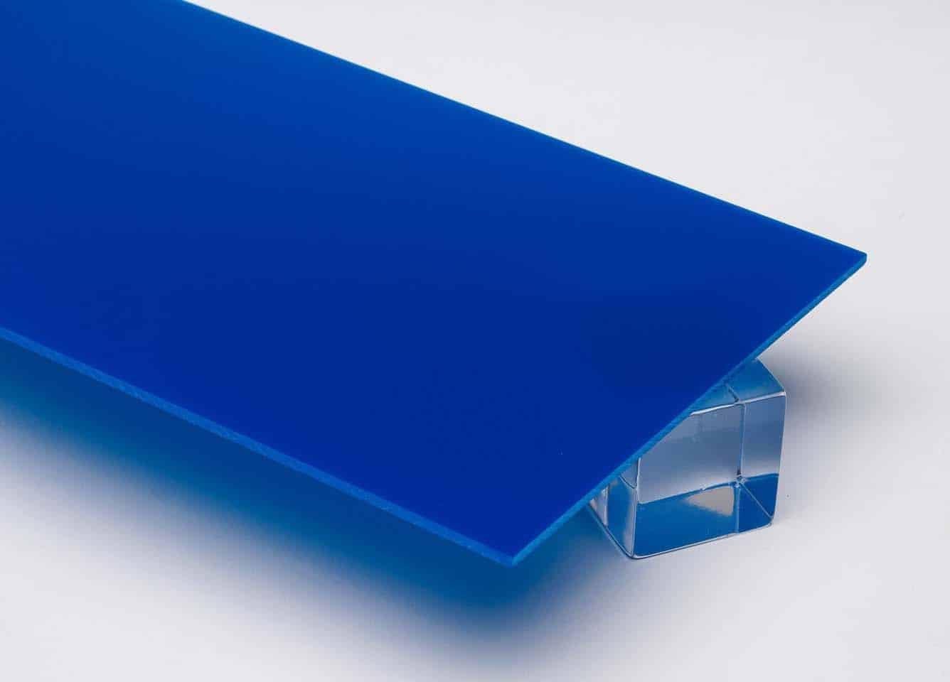 Tấm nhựa mica màu xanh dương đậm FS327