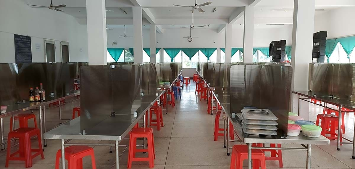 Phòng ăn tập thể trong các nhà máy